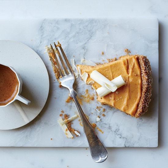 recipe1115-xl-pumpkin-and-white-chocolate-mousse-pie