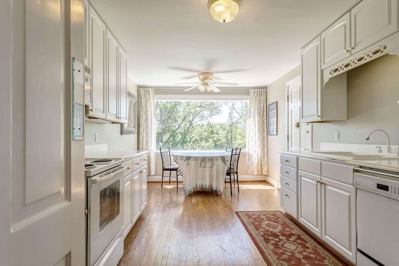 1000n3s 26 st louis style for 25 ladue terrace