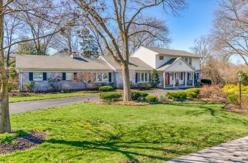 Impeccable Ladue Home | 2 Almont Acres