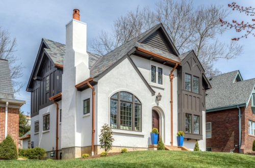 See 7395 Stratford Avenue on the 2019 Luxury Home Tour