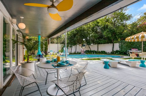 8 Stylish Mid-Century Modern Backyards
