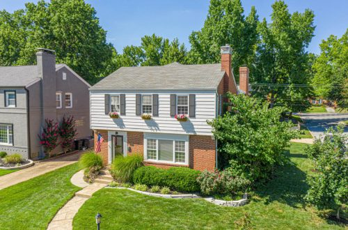 Updated Colonial Classic in Brentwood | 9401 Sonora Avenue